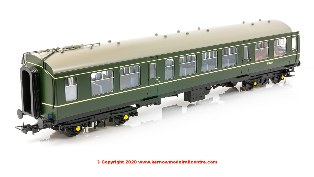 32-900C Bachmann Class 108 2-Car DMU BR Green (Speed Whiskers)